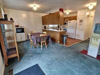 Photo 8: 4315 79 Street in Edmonton: Zone 29 House Half Duplex for sale : MLS®# E4172128