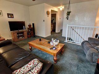 Photo 3: 4315 79 Street in Edmonton: Zone 29 House Half Duplex for sale : MLS®# E4172128