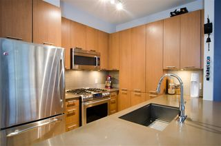 """Photo 6: 202 245 BROOKES Street in New Westminster: Queensborough Condo for sale in """"DUO A"""" : MLS®# R2414608"""