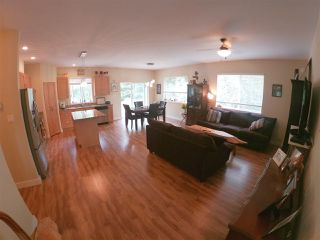 Photo 6: 6202 SITKA Road in Sechelt: Sechelt District House for sale (Sunshine Coast)  : MLS®# R2425728