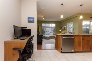 "Photo 5: 206 11950 HARRIS Road in Pitt Meadows: Central Meadows Condo for sale in ""Origin"" : MLS®# R2432337"