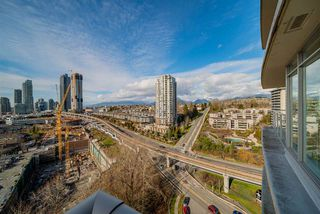 "Photo 12: 2101 2133 DOUGLAS Road in Burnaby: Brentwood Park Condo for sale in ""PERSPECTIVES"" (Burnaby North)  : MLS®# R2447775"