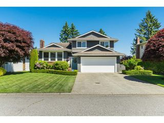 """Main Photo: 3728 SQUAMISH Crescent in Abbotsford: Central Abbotsford House for sale in """"Parkside Estates"""" : MLS®# R2460054"""