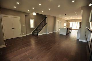 Photo 4: 8753 92A Avenue in Edmonton: Zone 18 House for sale : MLS®# E4203954
