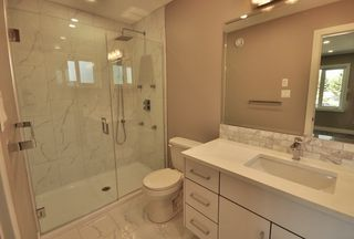 Photo 15: 8753 92A Avenue in Edmonton: Zone 18 House for sale : MLS®# E4203954
