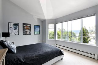Photo 18: 923 IOCO Road in Port Moody: Barber Street House for sale : MLS®# R2470902