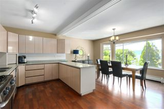 Photo 13: 923 IOCO Road in Port Moody: Barber Street House for sale : MLS®# R2470902