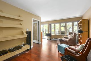 Photo 5: 923 IOCO Road in Port Moody: Barber Street House for sale : MLS®# R2470902