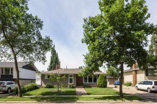 Photo 3: 5 GRAHAM Avenue: St. Albert House for sale : MLS®# E4205690