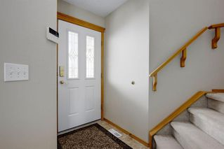 Photo 3: 252 HIDDEN VALLEY Grove NW in Calgary: Hidden Valley Detached for sale : MLS®# A1018156