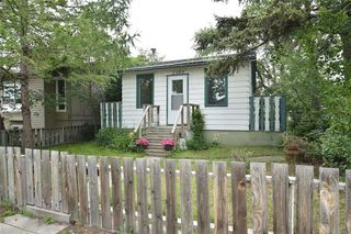 Photo 5: 2305 16 Street SE in Calgary: Inglewood Detached for sale : MLS®# A1042881