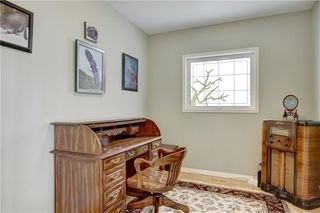 Photo 16: 37 Mt Alberta View SE in Calgary: McKenzie Lake Detached for sale : MLS®# A1043599