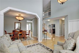Photo 5: 37 Mt Alberta View SE in Calgary: McKenzie Lake Detached for sale : MLS®# A1043599