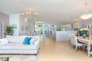 """Photo 13: 51 BRUNSWICK BEACH Road: Lions Bay House for sale in """"Brunswick Beach"""" (West Vancouver)  : MLS®# R2514831"""