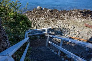 "Photo 29: 51 BRUNSWICK BEACH Road: Lions Bay House for sale in ""Brunswick Beach"" (West Vancouver)  : MLS®# R2514831"