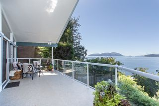 """Photo 5: 51 BRUNSWICK BEACH Road: Lions Bay House for sale in """"Brunswick Beach"""" (West Vancouver)  : MLS®# R2514831"""