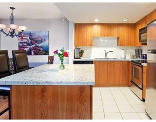 Photo 3: 937 HOMER ST in Vancouver: Condo for sale : MLS®# V866402