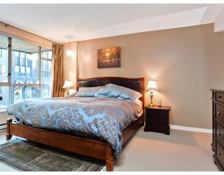 Photo 6: 937 HOMER ST in Vancouver: Condo for sale : MLS®# V866402