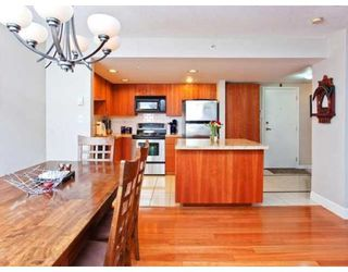 Photo 4: 937 HOMER ST in Vancouver: Condo for sale : MLS®# V866402