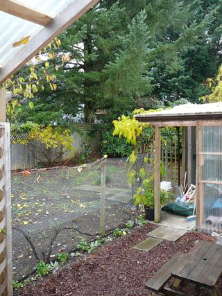 "Photo 5: 32723 SWAN Avenue in Mission: Mission BC House for sale in ""CHRISTINE MORRISON"" : MLS®# F2728788"