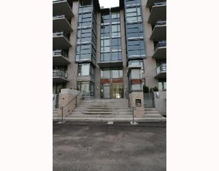 "Photo 9: 301 750 W 12TH Avenue in Vancouver: Fairview VW Condo for sale in ""TAPESTRY"" (Vancouver West)  : MLS®# V690233"