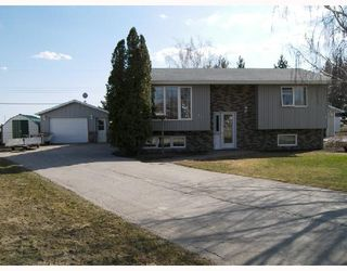 Photo 1: 14 FILLION Avenue in STJEAN: Manitoba Other Residential for sale : MLS®# 2806300