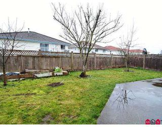 Photo 10: 8867 141B Street in Surrey: Bear Creek Green Timbers House for sale : MLS®# F2702775