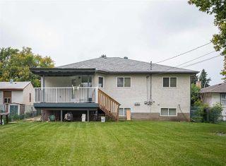 Photo 2: 9741 161 Street in Edmonton: Zone 22 House for sale : MLS®# E4165943