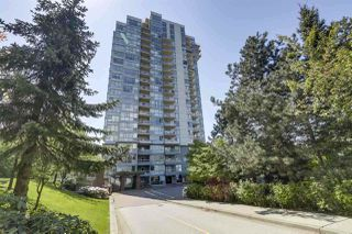 Photo 1: 1905 235 GUILDFORD WAY in Port Moody: North Shore Pt Moody Condo for sale : MLS®# R2404474