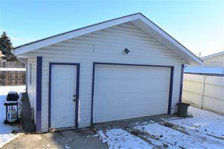 Photo 3: 3515 45 Street in Edmonton: Zone 29 House for sale : MLS®# E4180026