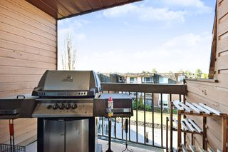 "Photo 12: 311 33870 FERN Street in Abbotsford: Central Abbotsford Condo for sale in ""Fernwood Manor"" : MLS®# R2420512"