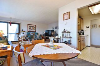 "Photo 4: 311 33870 FERN Street in Abbotsford: Central Abbotsford Condo for sale in ""Fernwood Manor"" : MLS®# R2420512"