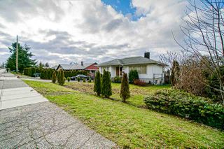 Photo 2: 11169 136 Street in Surrey: Bolivar Heights House for sale (North Surrey)  : MLS®# R2431564