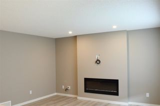 Photo 7:  in Edmonton: Zone 28 House Half Duplex for sale : MLS®# E4199332