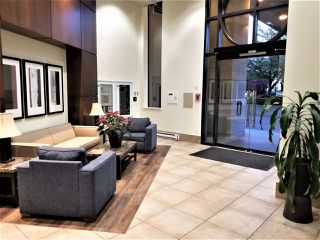 """Photo 3: 1403 4333 CENTRAL Boulevard in Burnaby: Metrotown Condo for sale in """"The Presidia"""" (Burnaby South)  : MLS®# R2467452"""
