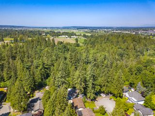 Photo 7: 4718 192 Street in Surrey: Serpentine House for sale (Cloverdale)  : MLS®# R2471895