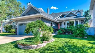 Main Photo: 220 SCENIC GLEN Place NW in Calgary: Scenic Acres Detached for sale : MLS®# A1013825