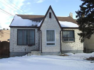 Photo 1: 875 Arlington Street in Winnipeg: West End Residential for sale (5A)  : MLS®# 202100702