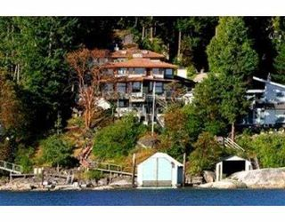 Main Photo: 8971 NOBLE RD in Halfmoon Bay: Halfmn Bay Secret Cv Redroofs House for sale (Sunshine Coast)  : MLS®# V541719