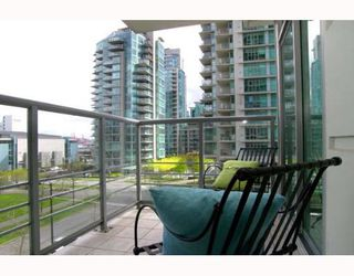 "Photo 8: 303 1710 BAYSHORE Drive in Vancouver: Coal Harbour Condo for sale in ""BAYSHORE GARDENS"" (Vancouver West)  : MLS®# V642290"