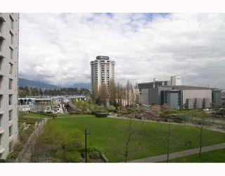 "Photo 10: 303 1710 BAYSHORE Drive in Vancouver: Coal Harbour Condo for sale in ""BAYSHORE GARDENS"" (Vancouver West)  : MLS®# V642290"