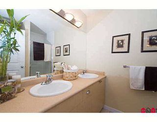 """Photo 6: 44 12711 64TH Avenue in Surrey: West Newton Townhouse for sale in """"Palette On The Park"""" : MLS®# F2714922"""