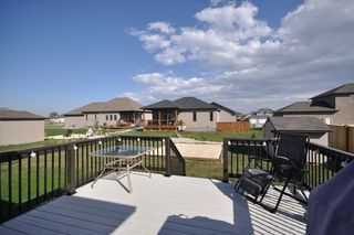 Photo 3: 15 Jodi Way in Oakbank: Residential for sale : MLS®# 1119967