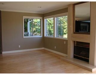 Photo 4: 4888 TRAFALGAR Street in Vancouver: MacKenzie Heights House for sale (Vancouver West)  : MLS®# V671444