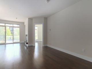 """Photo 4: 228 5777 BIRNEY Avenue in Vancouver: University VW Condo for sale in """"Pathways"""" (Vancouver West)  : MLS®# R2394918"""