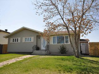 Main Photo: 5202 53 Street: Legal House for sale : MLS®# E4172379