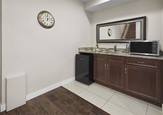 Photo 21: 10719 72 Avenue in Edmonton: Zone 15 House Half Duplex for sale : MLS®# E4177405