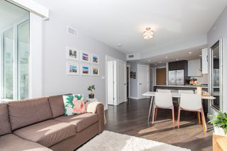 """Photo 4: 1923 1618 QUEBEC Street in Vancouver: Mount Pleasant VE Condo for sale in """"CENTRAL"""" (Vancouver East)  : MLS®# R2418056"""