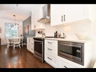 "Photo 4: 52 433 SEYMOUR RIVER Place in North Vancouver: Seymour NV Townhouse for sale in ""Maplewood Place"" : MLS®# R2420989"