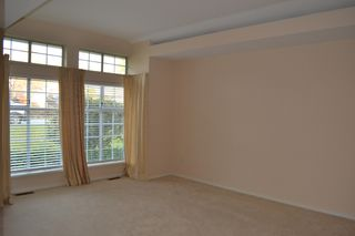Photo 3: 135xx 14A Avenue in Surrey: Crescent Bch Ocean Pk. House for rent